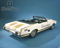 1972 Oldsmobile Cutlass Supreme Pace Car